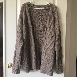 Ann Taylor LOFT cardigan. Excellent condition!